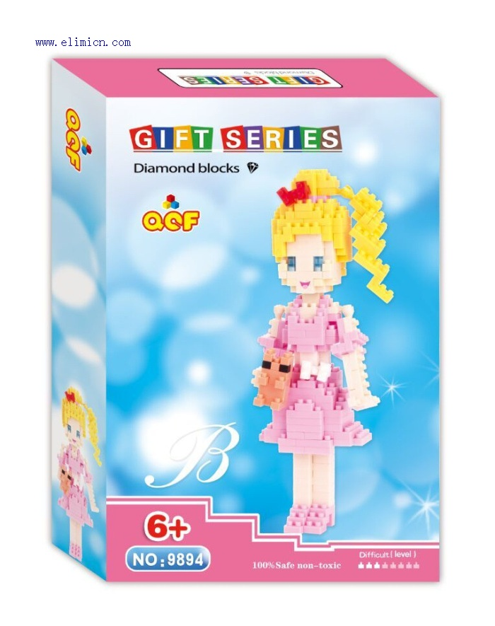 QCF Micro Blocks Barbie doll 9894