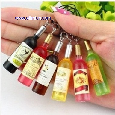 Winebottle pendant